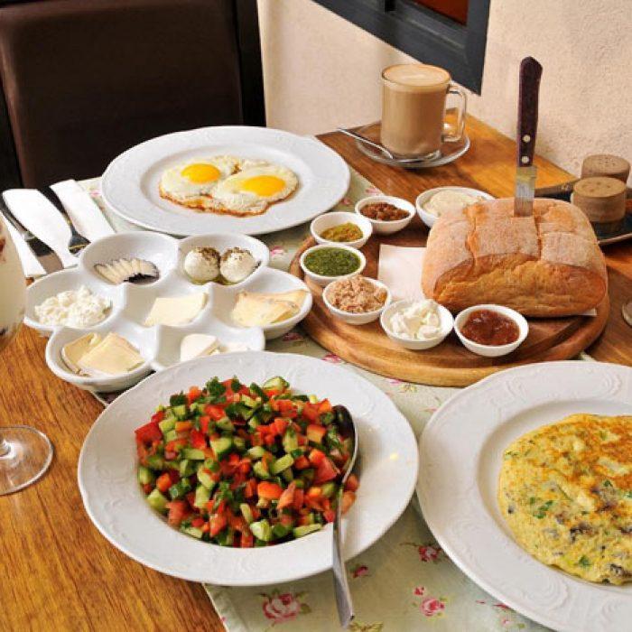 ארוחת בוקר כפרית